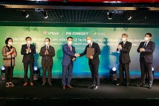 VPBank hoàn tất thỏa thuận bán 49% vốn điều lệ tại FE Credit cho SMBC Group