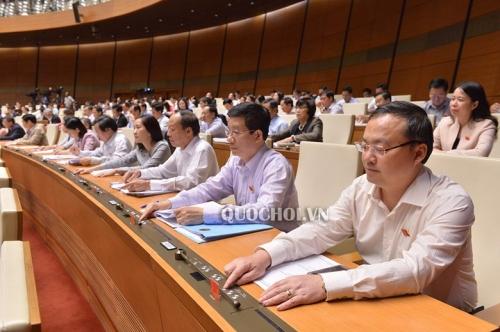 Quốc hội thông qua Luật cảnh sát biển Việt Nam và 4 luật khác