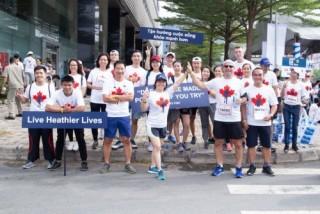 Sun Life Việt Nam tham gia giải chạy bộ ủng hộ quỹ nghiên cứu bệnh ung thư