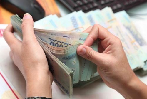 Một số ngân hàng giảm nhẹ lãi suất huy động