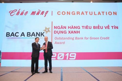 BAC A BANK nhận giải Ngân hàng tiêu biểu về tín dụng xanh