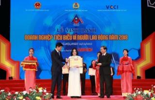 """BIDV nhận giải thưởng """"Doanh nghiệp tiêu biểu vì Người lao động"""" năm 2018"""