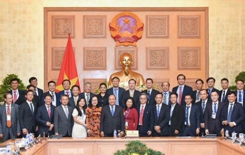 Thủ tướng gặp mặt gần 100 DN có sản phẩm đạt 'Thương hiệu quốc gia'