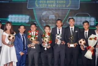 Quang Hải và Tuyết Dung nhận Quả bóng Vàng Việt Nam 2018