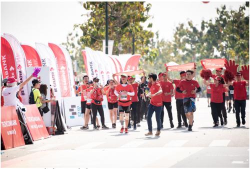 Gần 12.750 vận động viên tham gia giải marathon quốc tế Techcombank