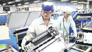 Việt Nam tiếp tục là quốc gia thu hút đầu tư nước ngoài hàng đầu