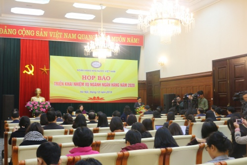 chinh sach tien te nam 2019 chu dong linh hoat bam sat dien bien kinh te vi mo