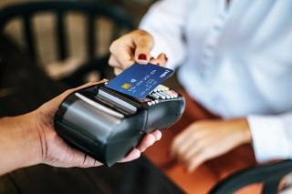 Đề xuất tiếp tục giảm 50% phí giao dịch thanh toán điện tử liên ngân hàng đến hết tháng 6/2021