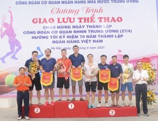 Giao lưu thể thao Cơ quan NHNN Trung ương: Lan tỏa tinh thần đoàn kết