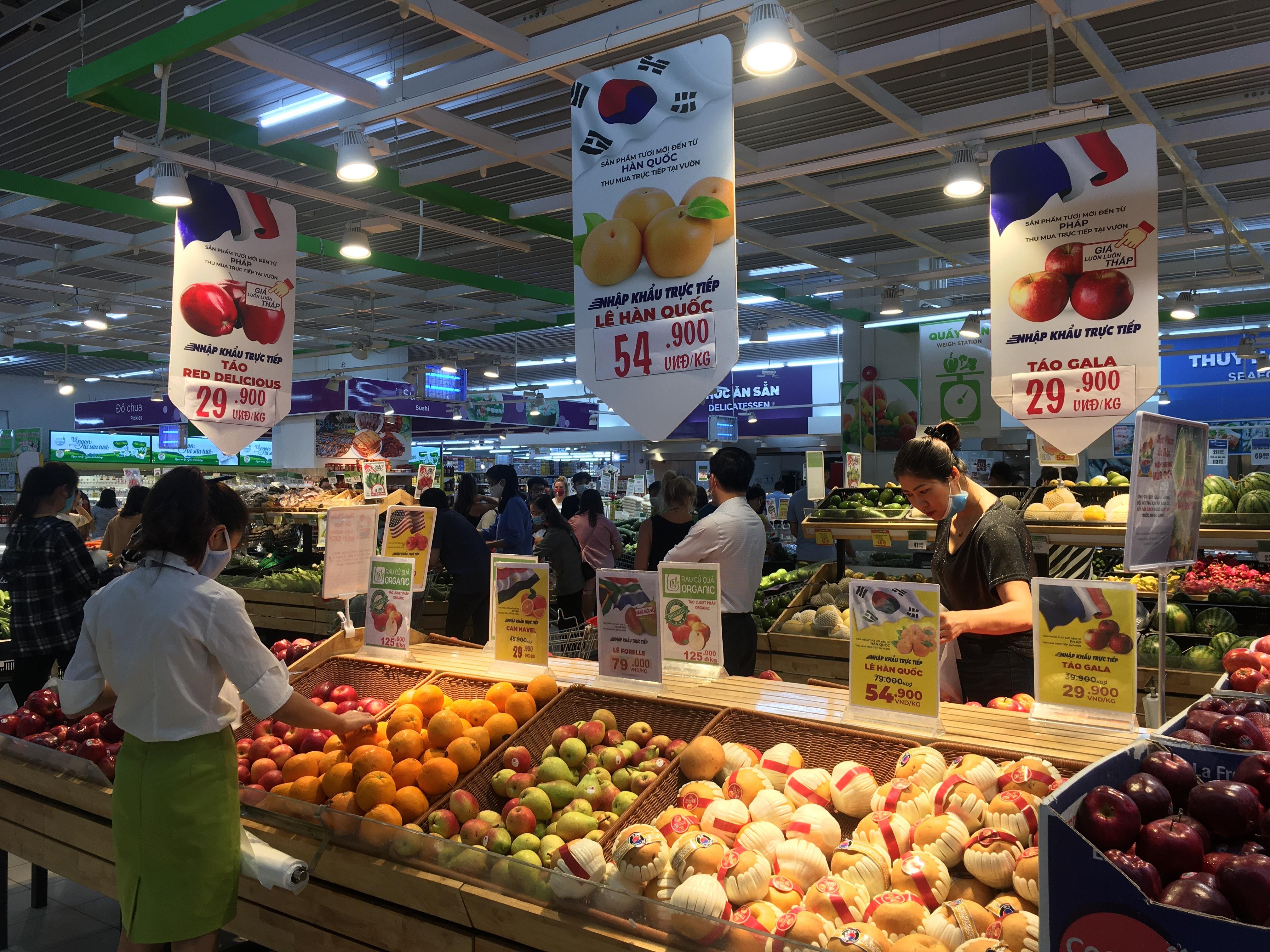 doanh nghiep ban le ung pho the nao truoc kho khan