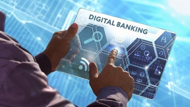 Chuyển đổi số trong ngân hàng: Cơ hộitừ gian khó