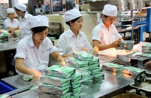 Tháng 1/2016, sản xuất công nghiệp tại Hà Nội và TP.HCM đều giảm