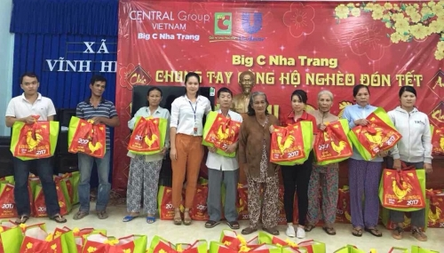 Big C trao tặng 3.600 phần quà Tết cho người nghèo