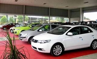 Ôtô nhập khẩu giảm mạnh cả về lượng và giá trị