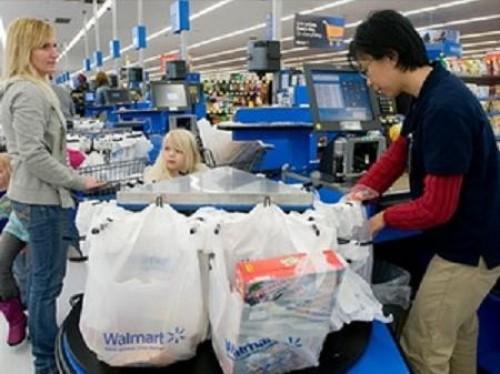 Mỹ: Giá tiêu dùng tăng lần đầu tiên trong bốn tháng