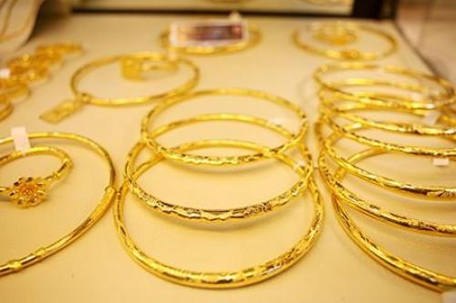 Từ 7/5/2015, thuế xuất khẩu vàng trang sức có hàm lượng trên 95% là 2%