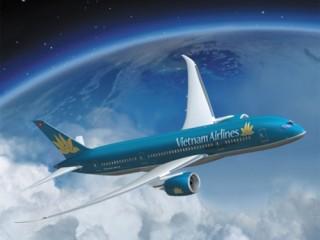 Các hãng hàng không Việt đồng loạt tăng giá vé