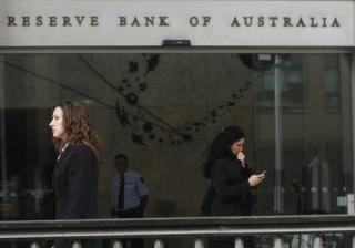 NHTW Úc giữ nguyên lãi suất khi sự phân kỳ chính sách đè nặng lên đôla Úc
