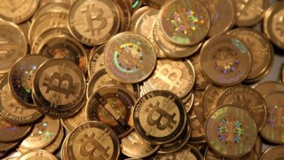 Bitcoin sụt giảm ngày thứ 3 liên tiếp do nỗi lo bị kiểm soát tại Nhật và Mỹ