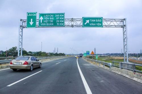 Nhà nước hỗ trợ vốn làm đường nối cao tốc Nội Bài-Lào Cai đến SaPa