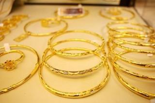 Từ hôm nay (7/5), thuế xuất khẩu vàng trang sức hàm lượng trên 95% là 2%