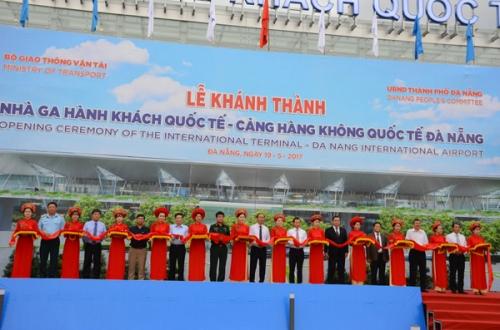Khánh thành, đưa vào sử dụng Nhà ga hành khách quốc tế Đà Nẵng