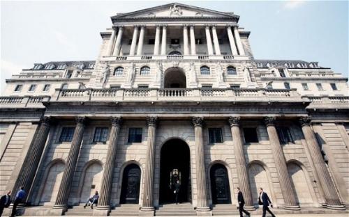 NHTW Anh giữ nguyên lãi suất, giảm dự báo tăng trưởng và lạm phát