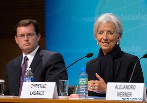 IMF hạ dự báo tăng trưởng kinh tế Mỹ xuống còn 2,5%
