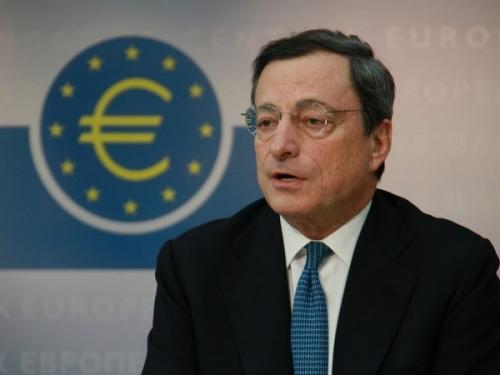 Chủ tịch ECB : Các gói kích thích vẫn cần ngay cả khi nền kinh tế hồi phục