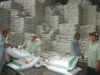 Đấu giá nhập khẩu 85 nghìn tấn đường theo hạn ngạch thuế quan 2016