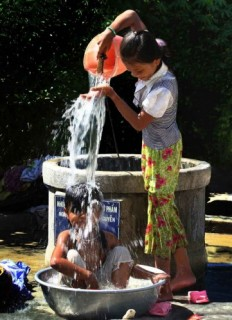Hà Nội: Đẩy mạnh xã hội hóa đầu tư cấp nước sạch nông thôn