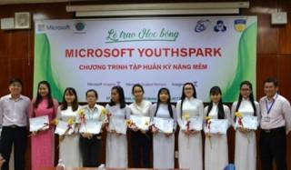Học bổng dành cho nữ sinh ngành Công nghệ thông tin và Khoa học máy tính