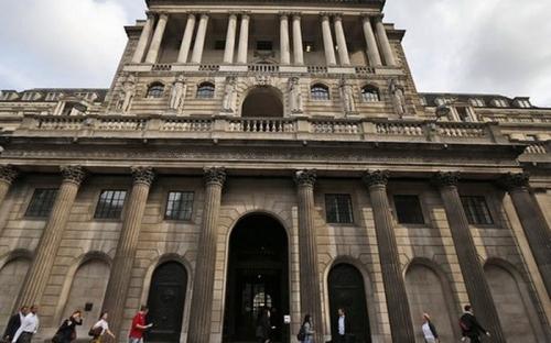 NHTW Anh được dự báo sẽ tăng lãi suất dù vẫn còn bất đồng