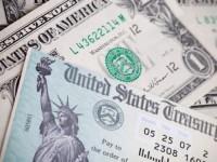 Trung Quốc giảm nắm giữ trái phiếu Mỹ lần đầu tiên trong 8 tháng
