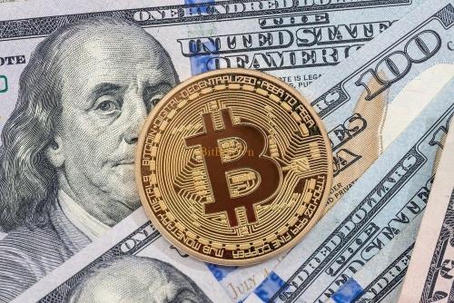 USD tăng trước thềm cuộc họp của Fed; Bitcoin tương lai thu hút chú ý
