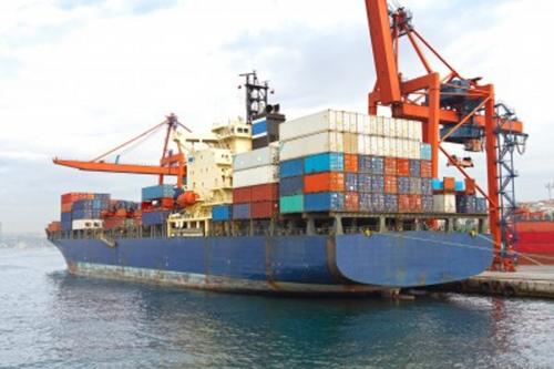 Xuất khẩu đã vượt mục tiêu 3,44%; xuất siêu đạt 3,17 tỷ USD
