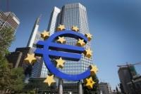 ECB giữ nguyên quan điểm chính sách do lo ngại lạm phát yếu