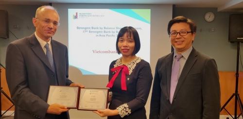Vietcombank tiếp tục là Ngân hàng mạnh nhất Việt Nam