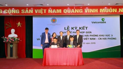 Vietcombank Hải Phòng ký quy chế phối hợp nhờ thu