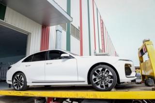 VinFast đưa 155 ô tô Lux ra nước ngoài kiểm thử