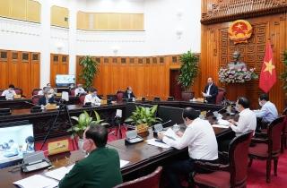 Thủ tướng chủ trì họp Thường trực Chính phủ bàn các giải pháp mới chống dịch COVID-19