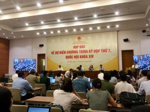 Kỳ họp thứ 7 Quốc hội khóa XIV: Xem xét, thông qua 7 dự án luật, 2 nghị quyết