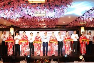 Thủ tướng tham dự Lễ khai trương khu nghỉ dưỡng trọng điểm tại Quảng Ninh