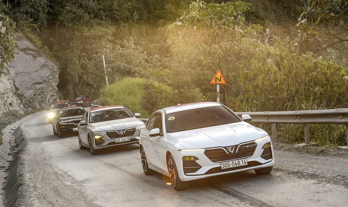 Chi 300 triệu sở hữu xe sang - giấc mơ không xa vời với người Việt