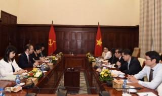 Phó Thống đốc Nguyễn Kim Anh tiếp Phó Chủ tịch Cơ quan Dịch vụ Tài chính Nhật Bản