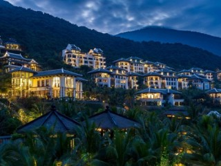 Khu nghỉ dưỡng nổi tiếng của Đà Nẵng được vinh danh trong top khách sạn tốt nhất thế giới