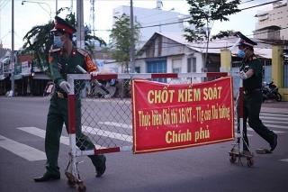 KHẨN: TPHCM tiếp tục giãn cách 14 ngày theo Chỉ thị 16