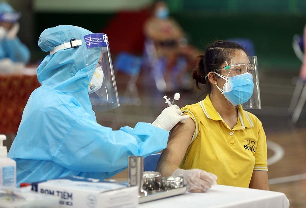 vaccine phong covid 19 cua my thu nghiem lam sang tai dai hoc y ha noi
