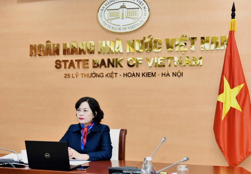 Phó Thống đốc Nguyễn Thị Hồng tham dự và phát biểu tại Hội nghị bàn tròn giữa Tổng Giám đốc IMF với các nước ASEAN
