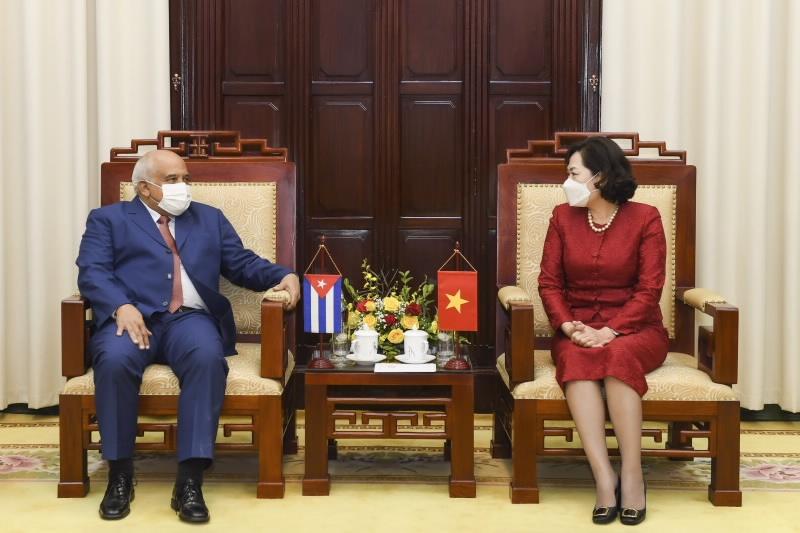 Thống đốc Ngân hàng Nhà nước tiếp Đại sứ Cộng hòa Cuba tại Việt Nam